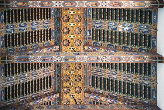 La cattedrale di messina il soffitto della navata centrale for Soffitto della cattedrale di legno